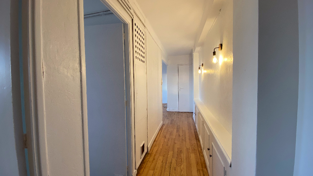 Location Appartement T2 - Quartier Chalet / Canal 6/11